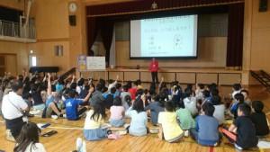 八王子市立由木中央小学校で「おなか元気教室」を実施しました