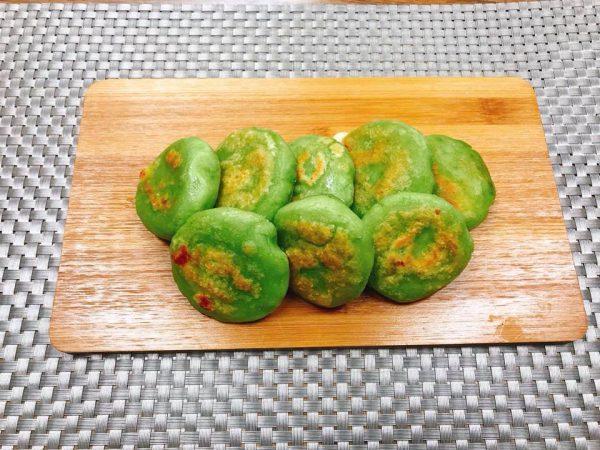 「大麦若葉」青汁を使って作る簡単「芋もち」