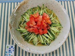 ヤクルト麺で『冷やしトマトきゅうりラーメン』作ってみた!