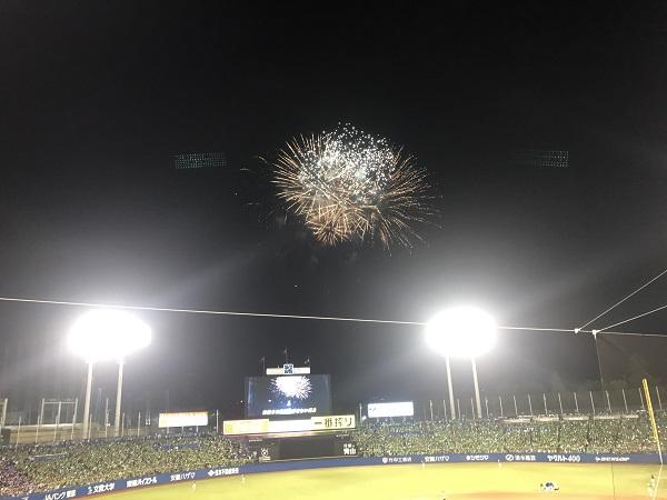 【野球×花火】一度で二度おいしい!神宮球場花火ナイター