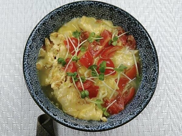 ヤクルト麺で『トマトオムレツ塩ラーメン』作ってみた!